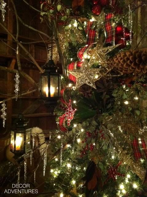 Lantersn on Tree