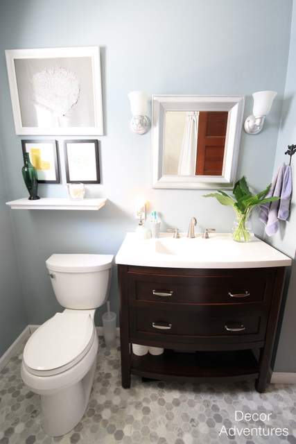 2014 year in review link up decor adventures for Small 4 piece bathroom designs