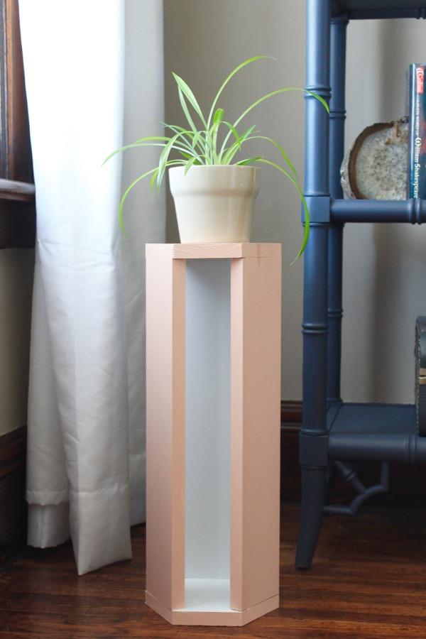 DIY Wood Plant Stand » Decor Adventures