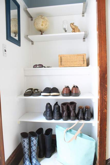DIY Built In Shoe Shelves