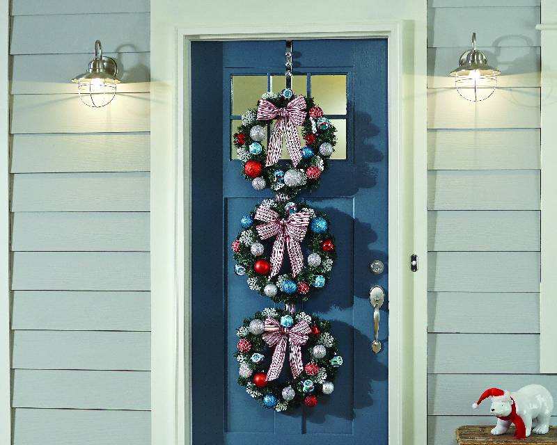 Home Depot Holiday Wreath Trio DIY Workshop