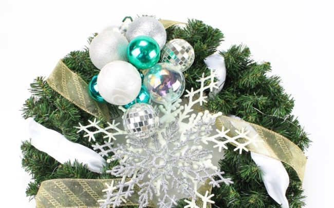 Holiday Wreaths How To